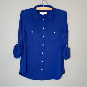 LOFT petite blue button up shirt roll sleeve tab M